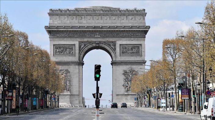 Francia tendrá nuevo confinamiento por covid-19 a partir del viernes