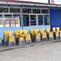 Escuelas de educación básica de Cherán reciben mobiliario