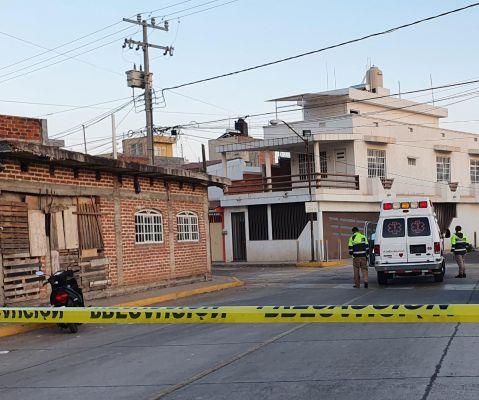 Joven muere tras ser baleado al salir de su casa en Zamora, Michoacán
