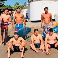 Surfistas auxilian a 5 bañistas en un día en Lázaro Cárdenas, Michoacán