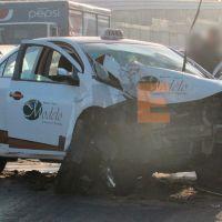 Una mujer perece y otro resulta herido tras aparatoso choque de taxi al norte de Morelia, Michoacán