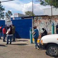 Enfrentan ciudadanos de Morelia escasez de tanques de oxígeno