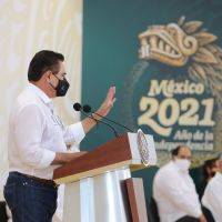 Silvano urge a López Obrador resolver el tema educativo en Michoacán