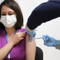 Más de 7 mil trabajadores de la SSM reciben primera dosis de vacuna anti COVID-19