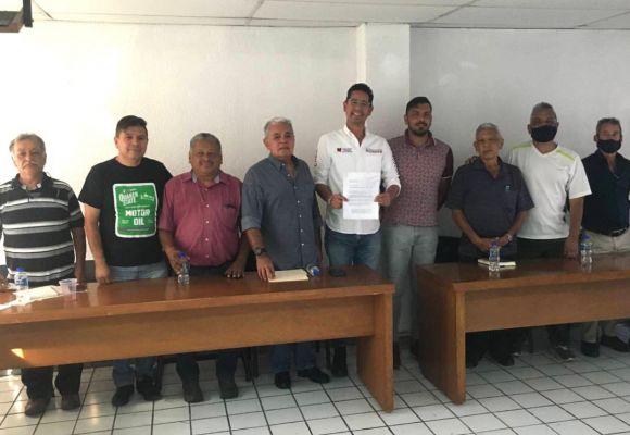 Somos aliados del deporte dice Iván Pérez Negrón en reunión con Liga Municipal de Morelia