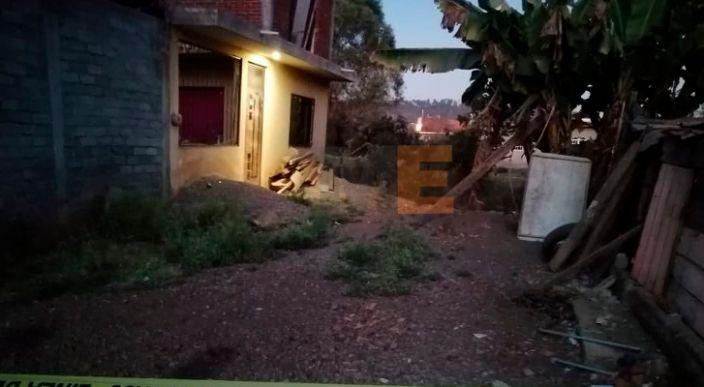 Encuentran a 2 degollados en la colonia Gobernadores en Uruapan, Michoacán