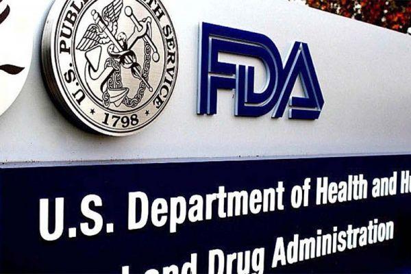 FDA aprobó tercera dosis de Pfizer para personas mayores y de alto riesgo en Estados Unidos