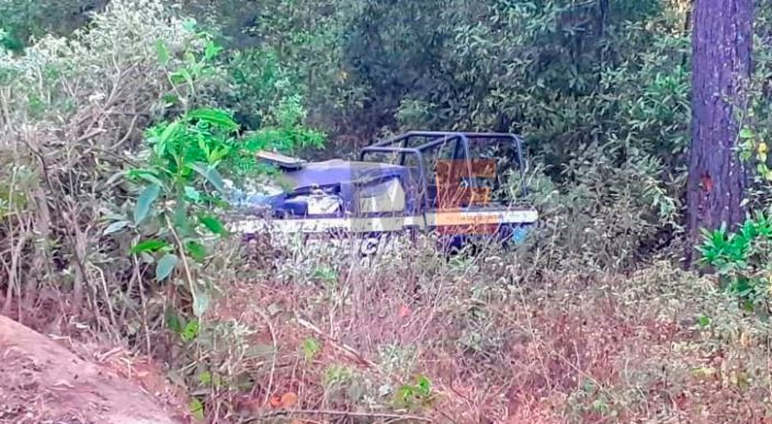 Volcadura de patrulla deja 3 heridos en el municipio de Madero, Michoacán