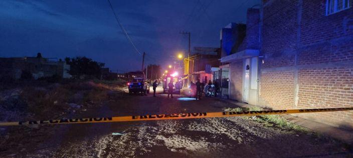 Atentan contra un muchacho, se enfrentan con la GN, chocan su auto y logran huir en Zamora