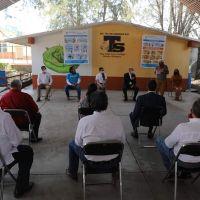 Llegan insumos sanitarios a 40 escuelas de Michoacán