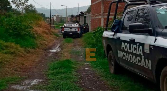 Mujer fallecida es encontrada en un canal de aguas negras en Uruapan