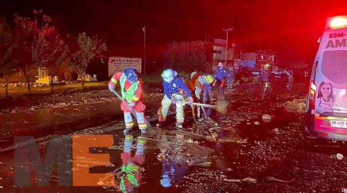 Deslave bloquea carretera Zacapu – Morelia