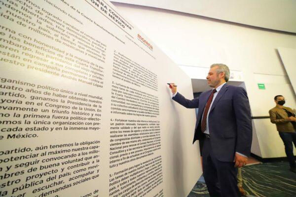 Bedolla convoca a morenistas a firmar la Alianza popular para continuar la 4T